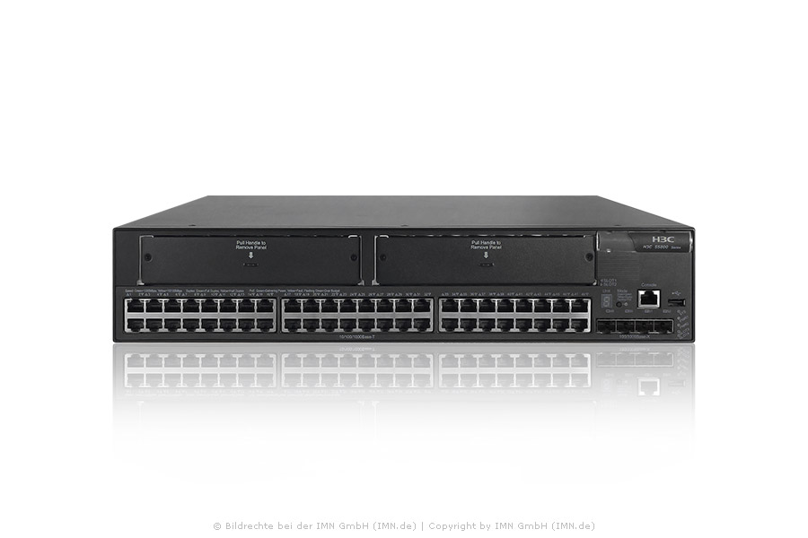 5800-48G Switch mit 2 Slots